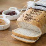 Pão de Forma Sem Glúten IntegralPão de Forma Sem Glúten com Açúcar Mascavo - Foto: IC Fotografias
