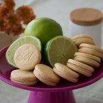 Biscoito Recheado Sem Glúten Doce Sabor Limão - Foto: IC Fotografias